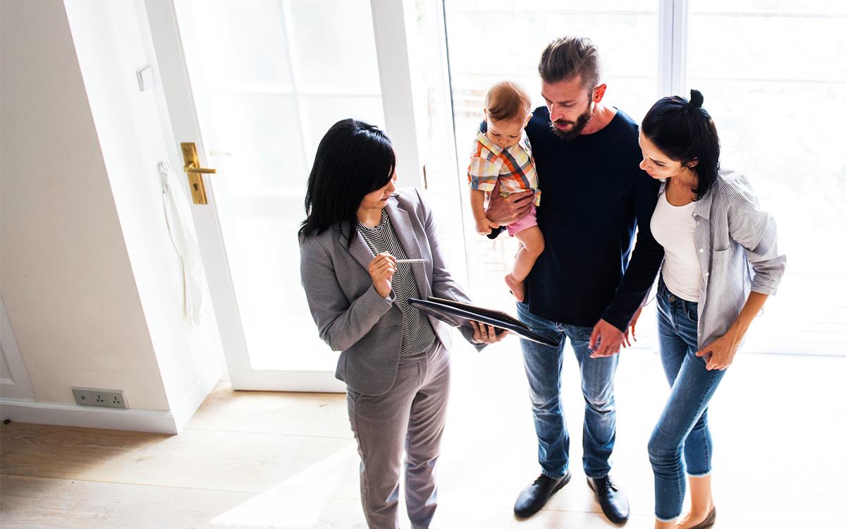 bhw-bauen-kaufen-immobilie-finden-ihre-zahlen-ihre-basis-1200x750.jpg